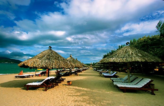 "Пляж ""Дрим Бич"" (""Dream Beach"")"