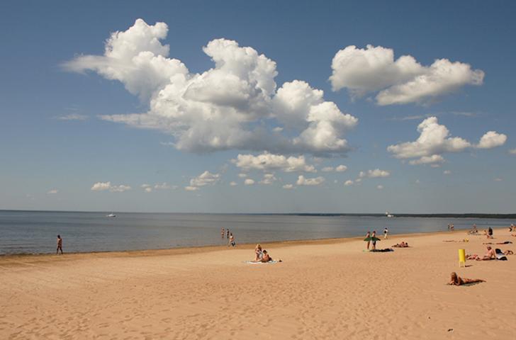 Нудистский пляж «Дюны»