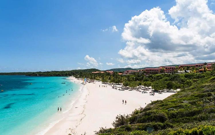 """Пляж """"Эсмеральда"""" (""""Esmeralda Beach"""")"""