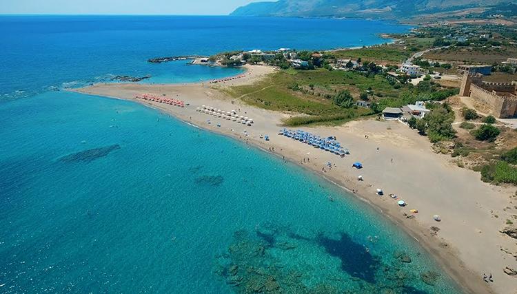 """Пляж """"Франгокастелло"""" (""""Frangokastello Beach"""")"""