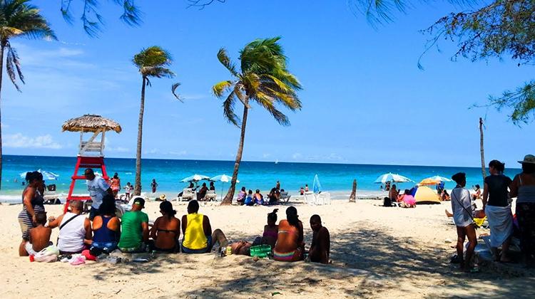 "Пляж ""Гуанабо"" (""Guanabo Beach"")"