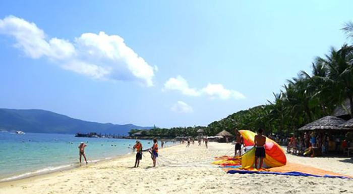 """Пляж """"Хон Там"""" (""""Hon Tam Beach"""")"""