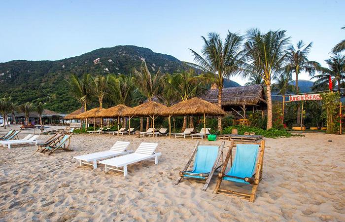 "Пляж ""Джангл"" (""Jungle Beach"")"