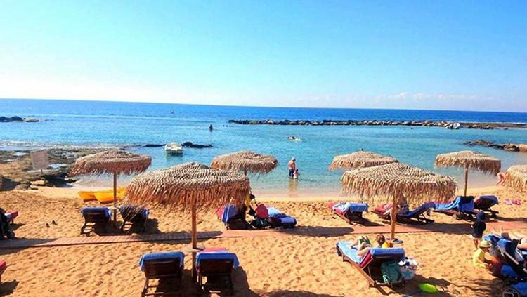Кермия (Лимнара) (Kermia-Limnara Beach