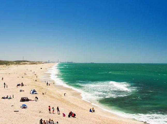"Пляж ""Пальмахим"" (""Palmachim Beach"")"