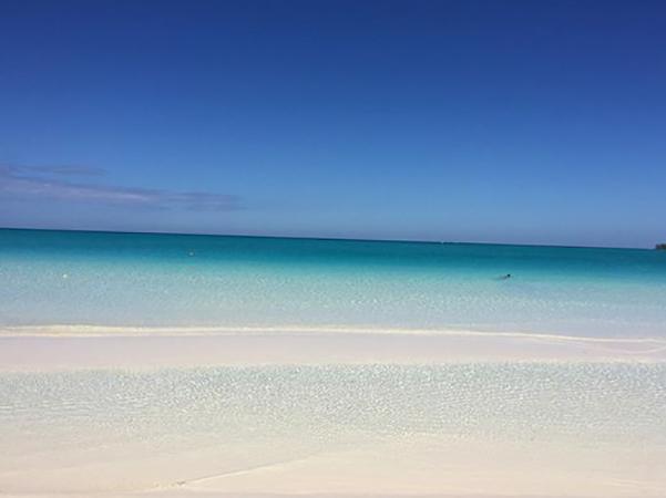 """Пляж """"Пилар"""" (""""Pilar Beach"""")"""