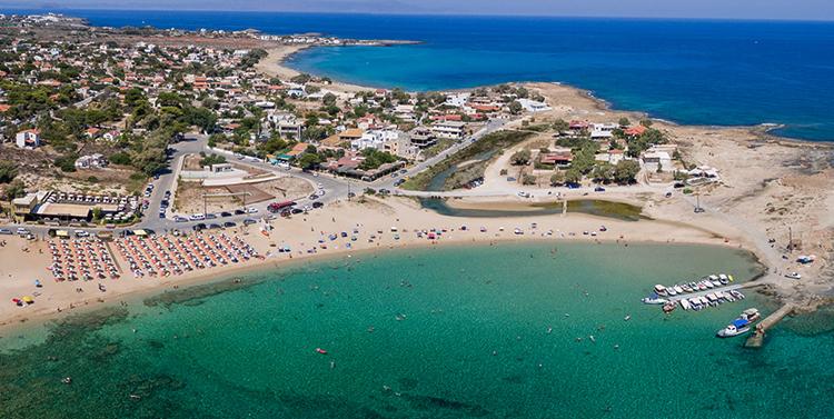 "Пляж ""Ставрос"" (""Stavros Beach"")"