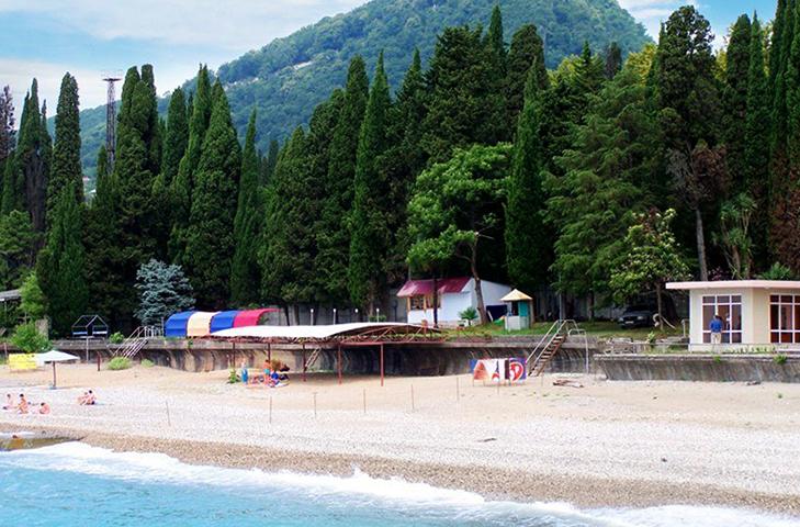 Пляж отеля «У монастыря»