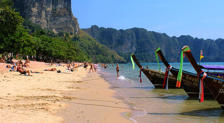 Пляж Ао Нанг (Ao Nang Beach)