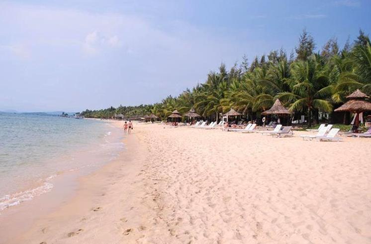 Бай Кхем (Khem Beach)
