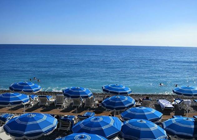 "Пляж ""Блю-Бич"" (""Blue Beach"")"
