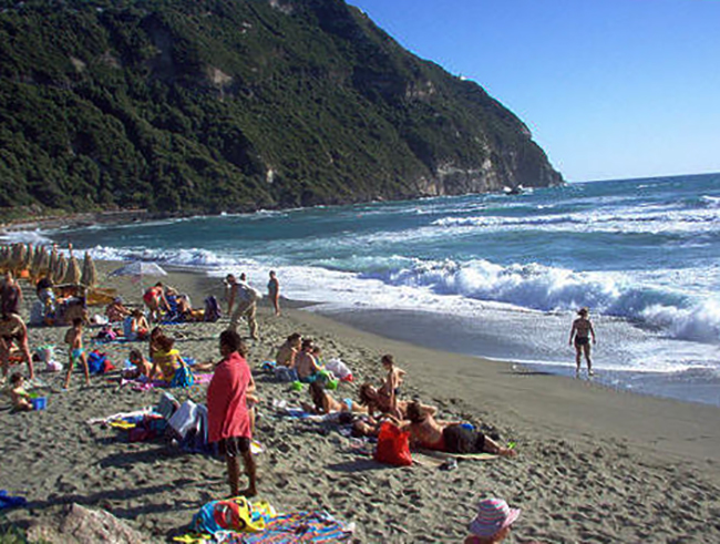 "Пляж ""Инглези"" (""Inglesi Beach"")"