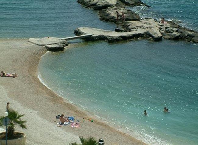 "Пляж ""Жезинац"" (""Jezinac Beach"")"