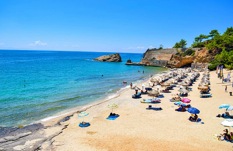 Пляж Металия (Metalia beach)