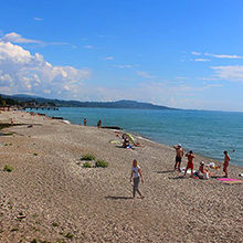 Пляжи Нового Афона: обзор и фото популярных места