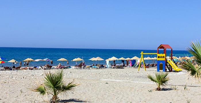 Периволия (Perivolia Beach)