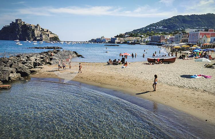 "Пляж ""Спиаджиа-дей-Пескатори"" (""Spiaggia dei Pescatori Beach"")"