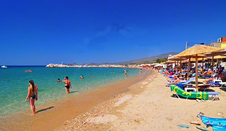 Пляж Потос (Potos beach)