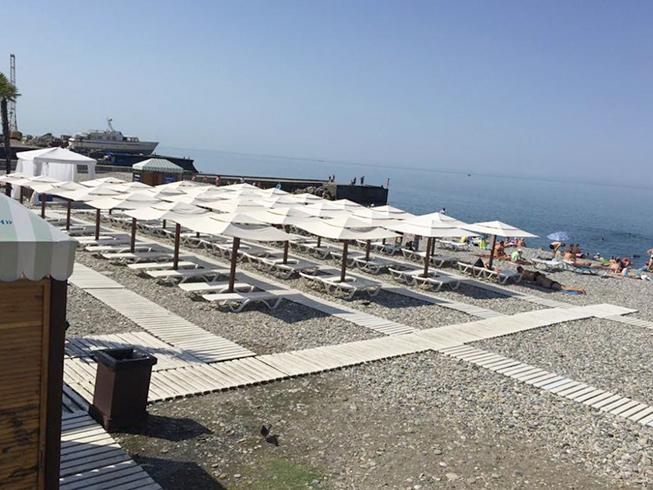 Муниципальный пляж Кудепсты «Робинзон»