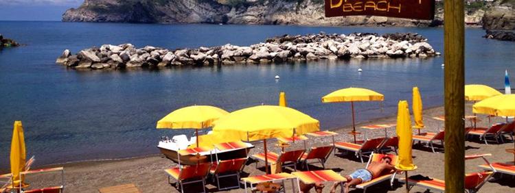 "Пляж ""Сант-Анджело"" (""Sant'Angelo Beach"")"