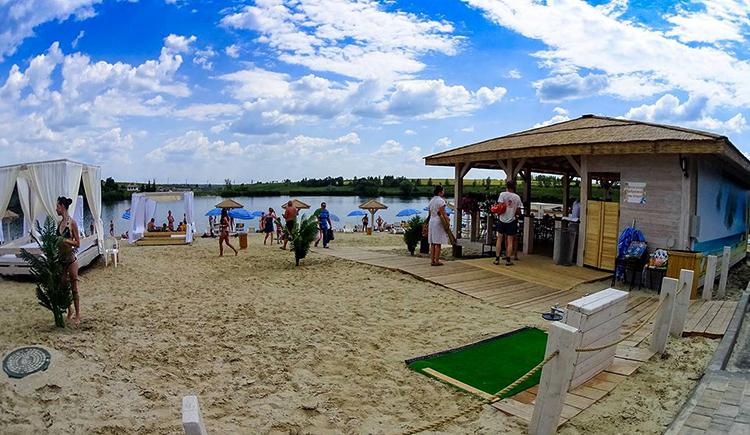 Пляж в Шагаровке
