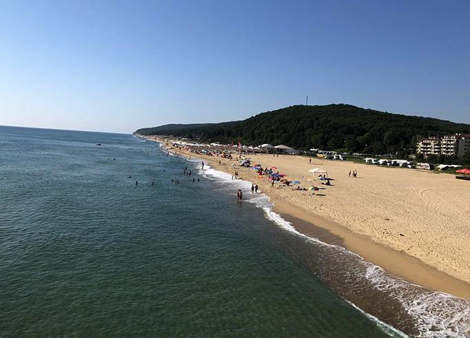Пляж Шкорпиловци (Shkorpilovtsi)