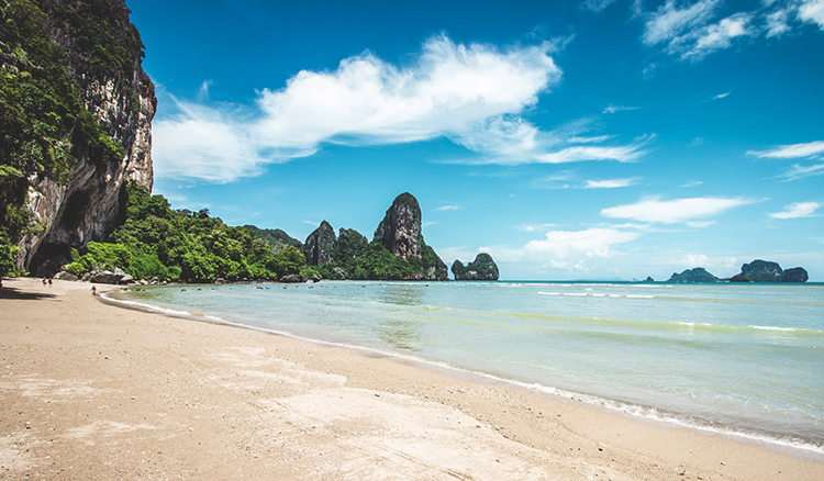 Тон Сай (Tonsai Beach)