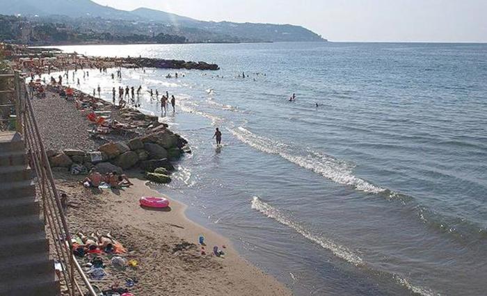 Пляж Tre Ponti