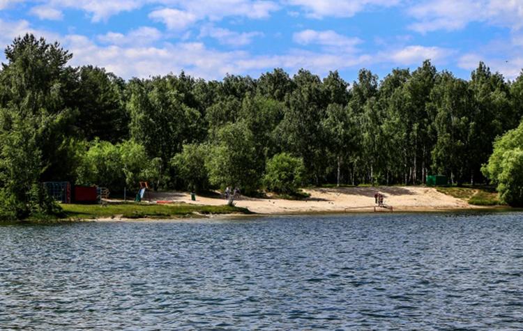 Второй пляж Светлоярского озера