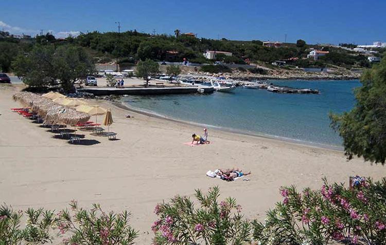 Пляж Агиос Онуфриос (Agios Onoufrios beach, Άγιος Ονούφριος)