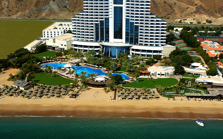 Аль-Ака (Al Aqah Beach)