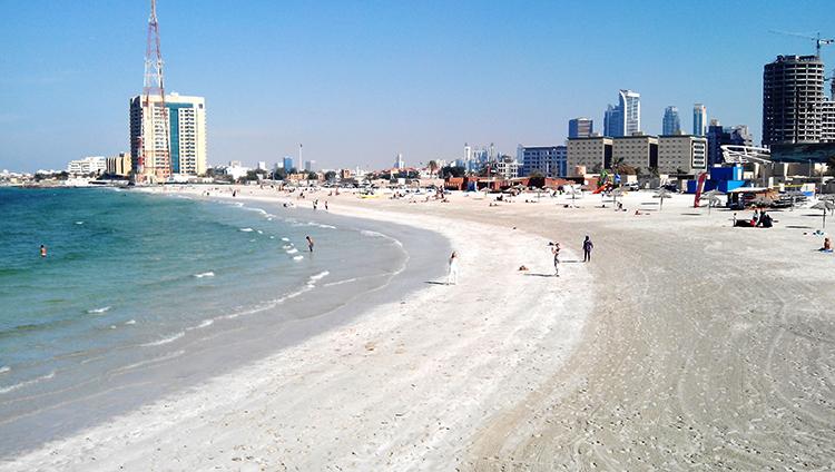 Аль-Хан (Al-Khan Beach)