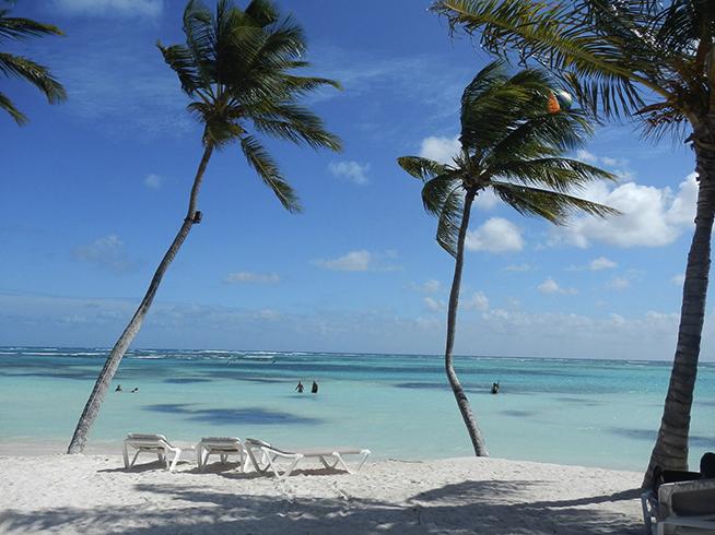 Курортный берег «Плайя-Бланка» (Playa Blanca)