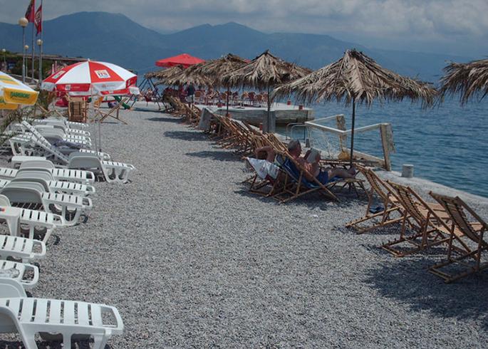 Куротный берег «Дженовичи» (Đenovići plaža)