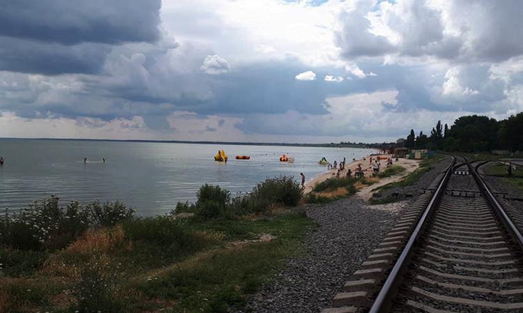 Дикий пляж Ж/Д станции