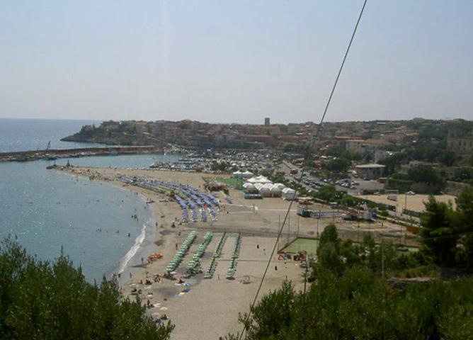 Сан-Доменико (Spiaggia San Domenico)