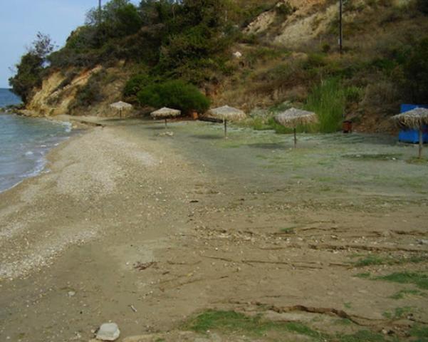 Курортный берег Калами (Kalami, Καλάμι)