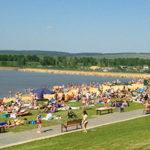 Пляжи Красноярска — обзор мест для купания и отдыха