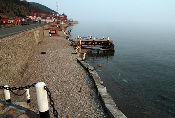 Пляж посёлка Листвянка