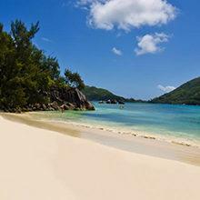 Лучшие пляжи Маэ — места для купания на острове