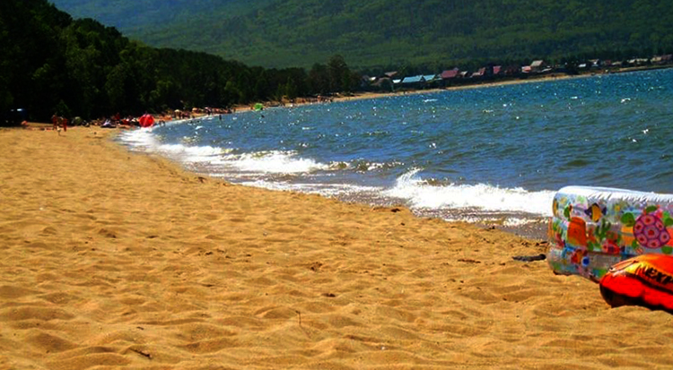 Пляж села Максимиха