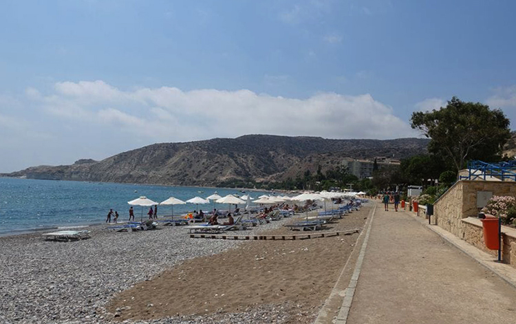 Писсури (Pissouri Bay Beach)
