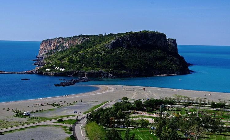 Прайя-а-Маре (Praia a Mare)