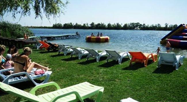 Пляж туристической базы «Причал»