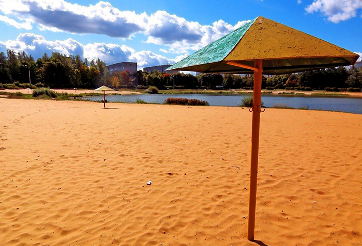 Озеро в микрорайоне Заря