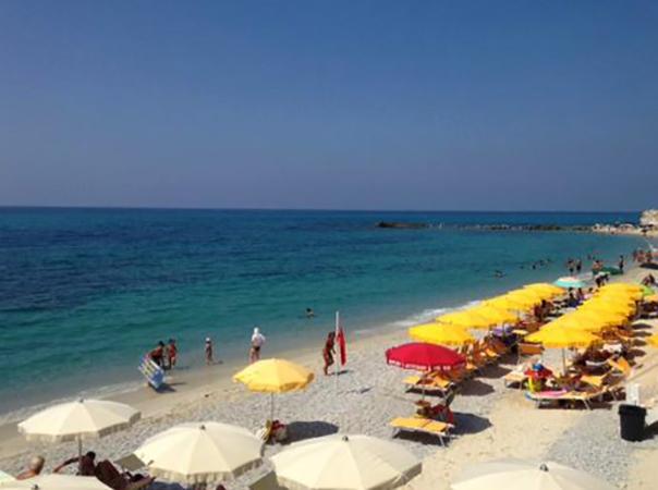 Аквамарина (Acquamarina Beach)