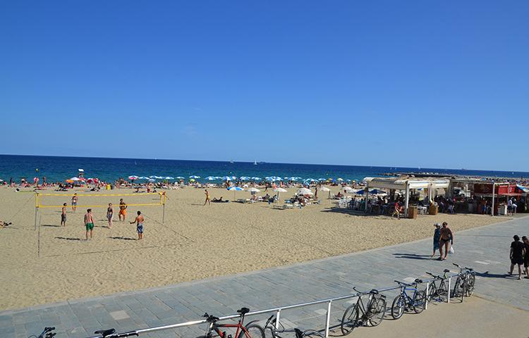 Богатель (Bogatell beach)