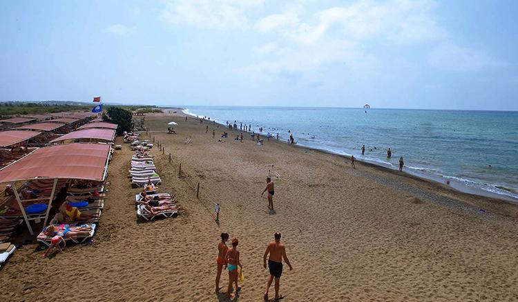 Пляж Богазкент (Bogazkent Beach)
