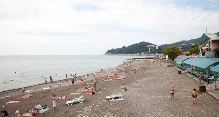 Пляж пансионата «Кристалл»