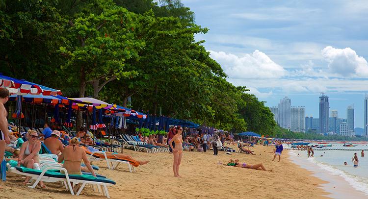 Донгтан (Dongtan Beach)